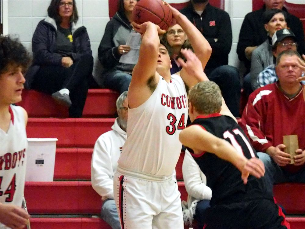 Whitehead's double-double leads Sidney in rout of Essex ...