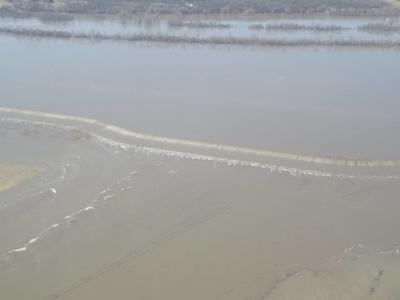 Corps: Missouri River levees 'compromised' | News | kmaland com