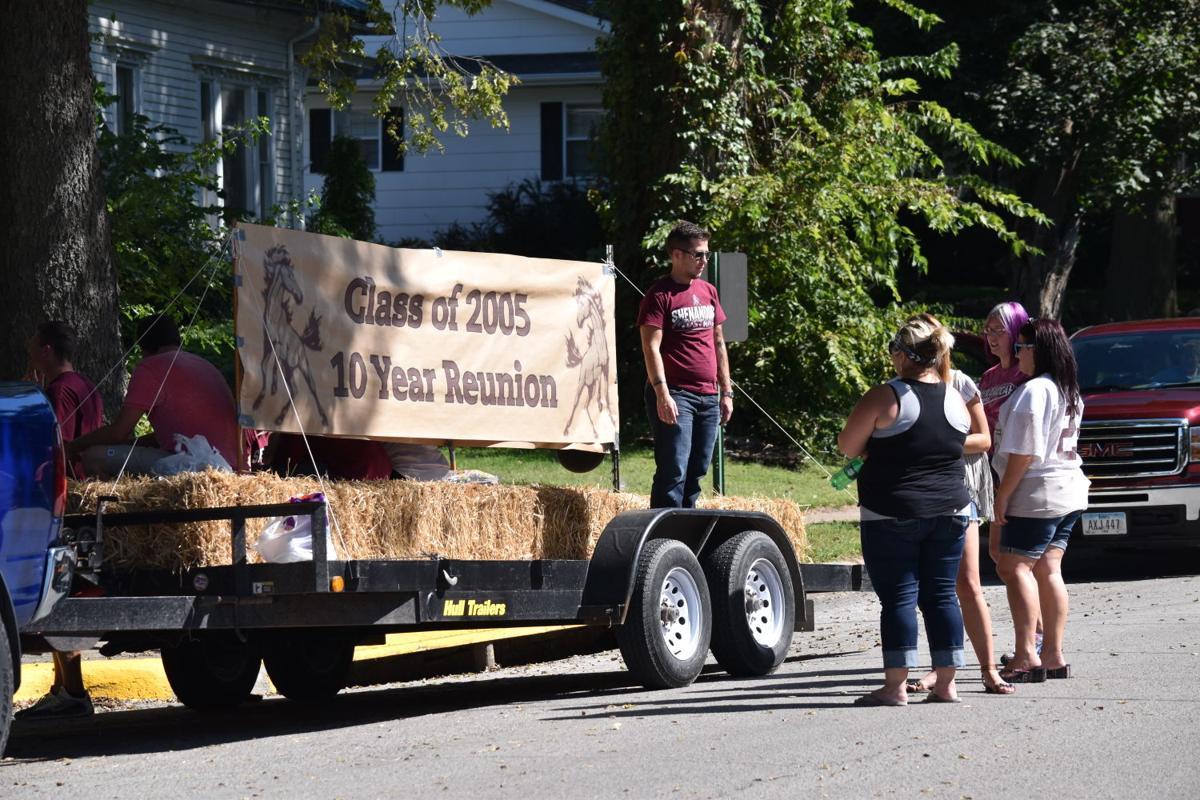 Shenfest Parade