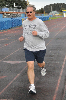 Rounsaville wins Pursuit Mile