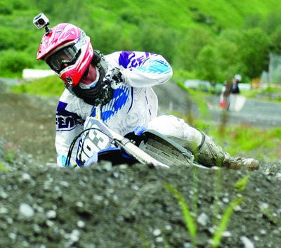 Lee battles for 60cc victory