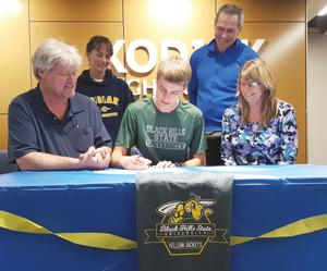 Osowksi commits to Black Hills State University