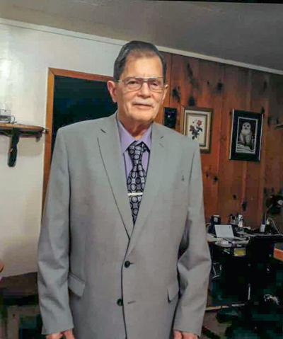 Larry Amox Sr.