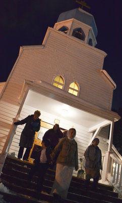 Orthodox Kodiak celebrates Christmas