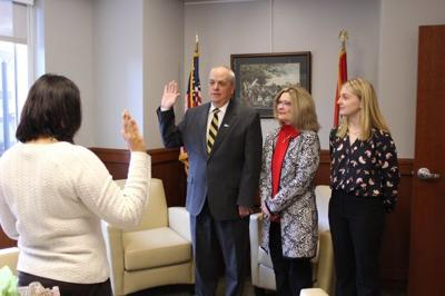 Glascock sworn in as Columbia city manager