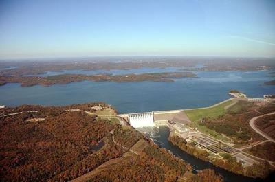 Man dies after falling into Table Rock Lake
