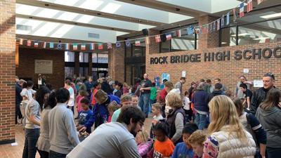 Columbia Public Schools hosts science expo