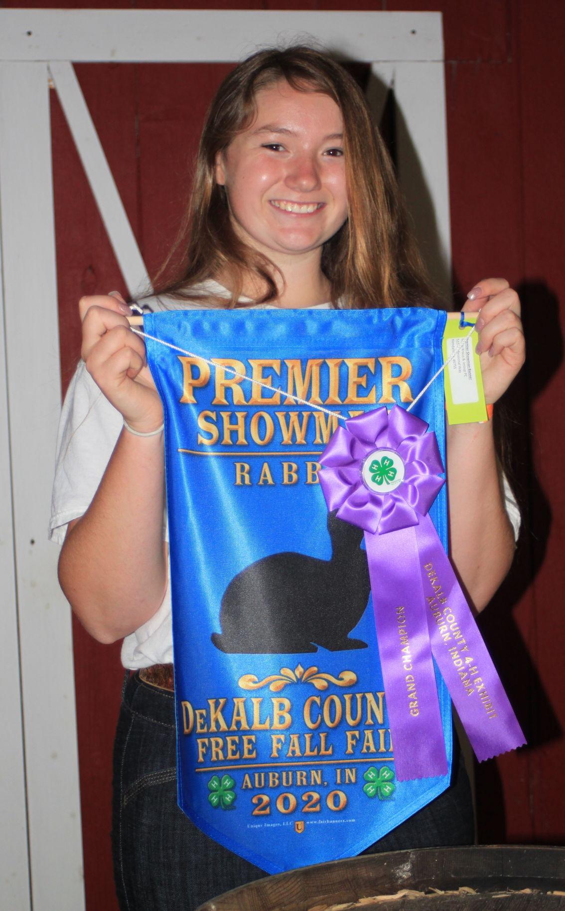 Abbi Sexton, 4-H rabbits premier showmanship