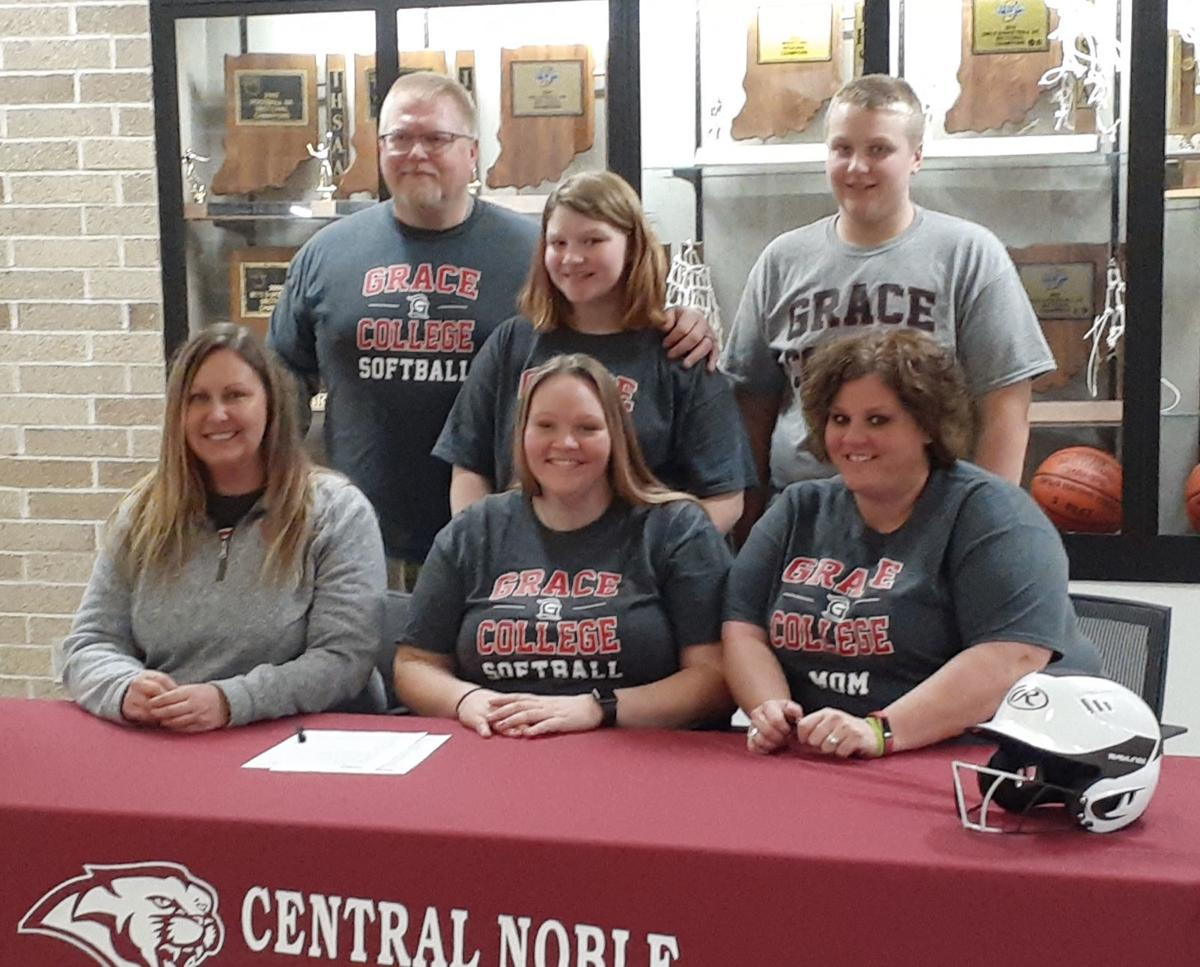 Maddie Bremer signs with Grace softball