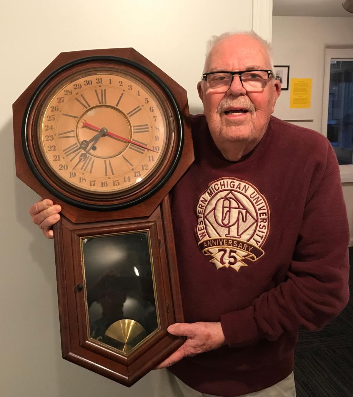 Hevel and clock