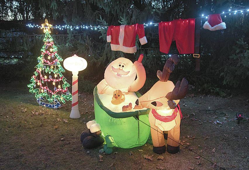 Phillips Christmas Lights.Phillips Family Lighting Up The Holidays News Kpcnews Com
