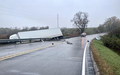 Semi crash on U.S. 6