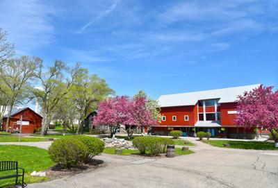 Amish Acres 23,000-square-foot restaurant barn
