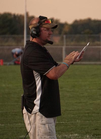Laker football coach Thompson resigns