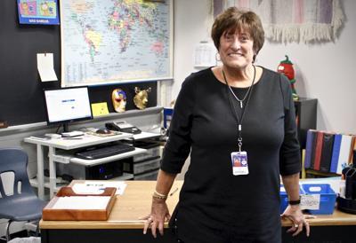 Adios, maestra: 32-year West Noble teacher to retire