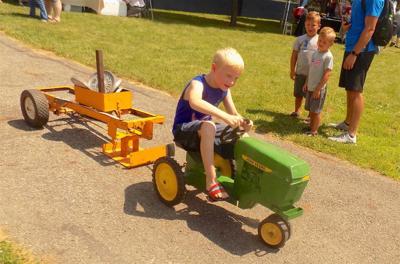 Kiddie Tractor Pull