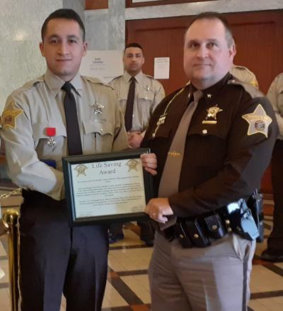 Jail officer Julio Alber honored with Lifesaving Award
