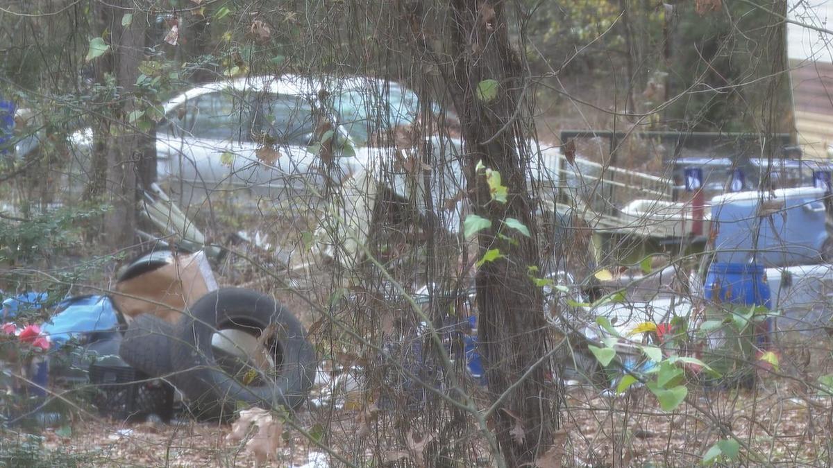 hoarding problem on Cross Lake