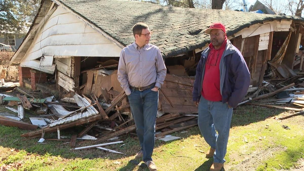Ministry group helps build new home for snow storm victim