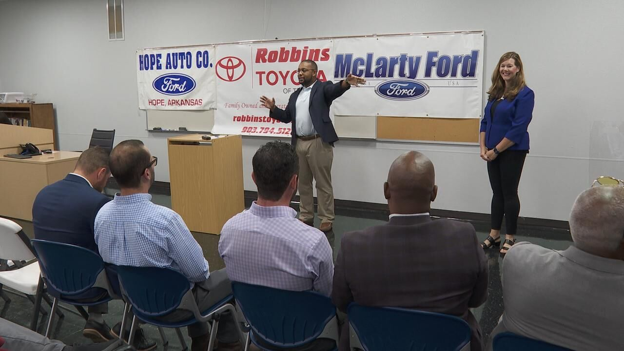 Texarkana College partners with Ford and Toyota to train auto technicians