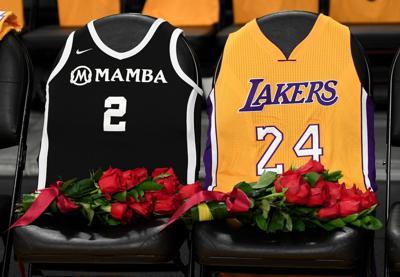 Los Angeles Lakers honor Kobe Bryant and daughter Gigi