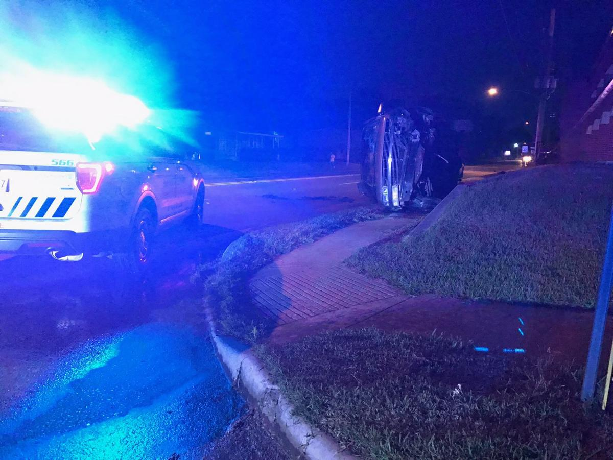 shreveport la police are responding to a single car accident that has left a man with life threatening injuries