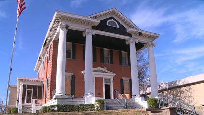 Historic Texarkana house being prepared for demolition