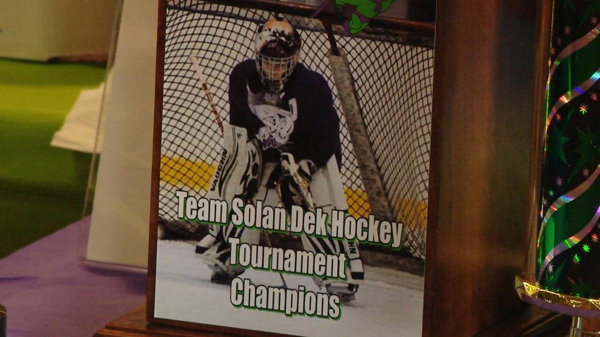 Dek Hockey Solan Peterson