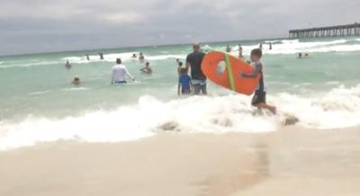 5b04c8ee304 Florida beachgoers warned of high rip current risk ahead of Alberto ...