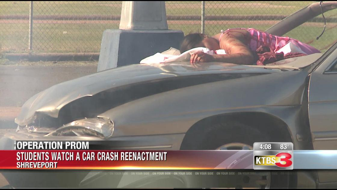 Mock car crash encourages students to drive safe on prom night ...