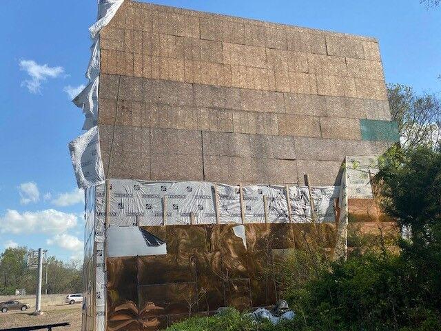 Olanza Sanders building