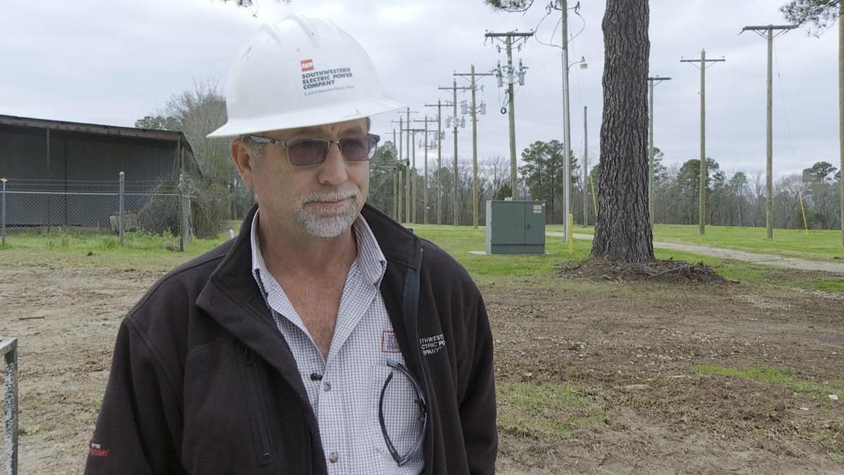 Brad Brown technical trainer senior lineman SWEPCO