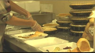 Montana Rescue Mission prepare Thanksgiving dinners