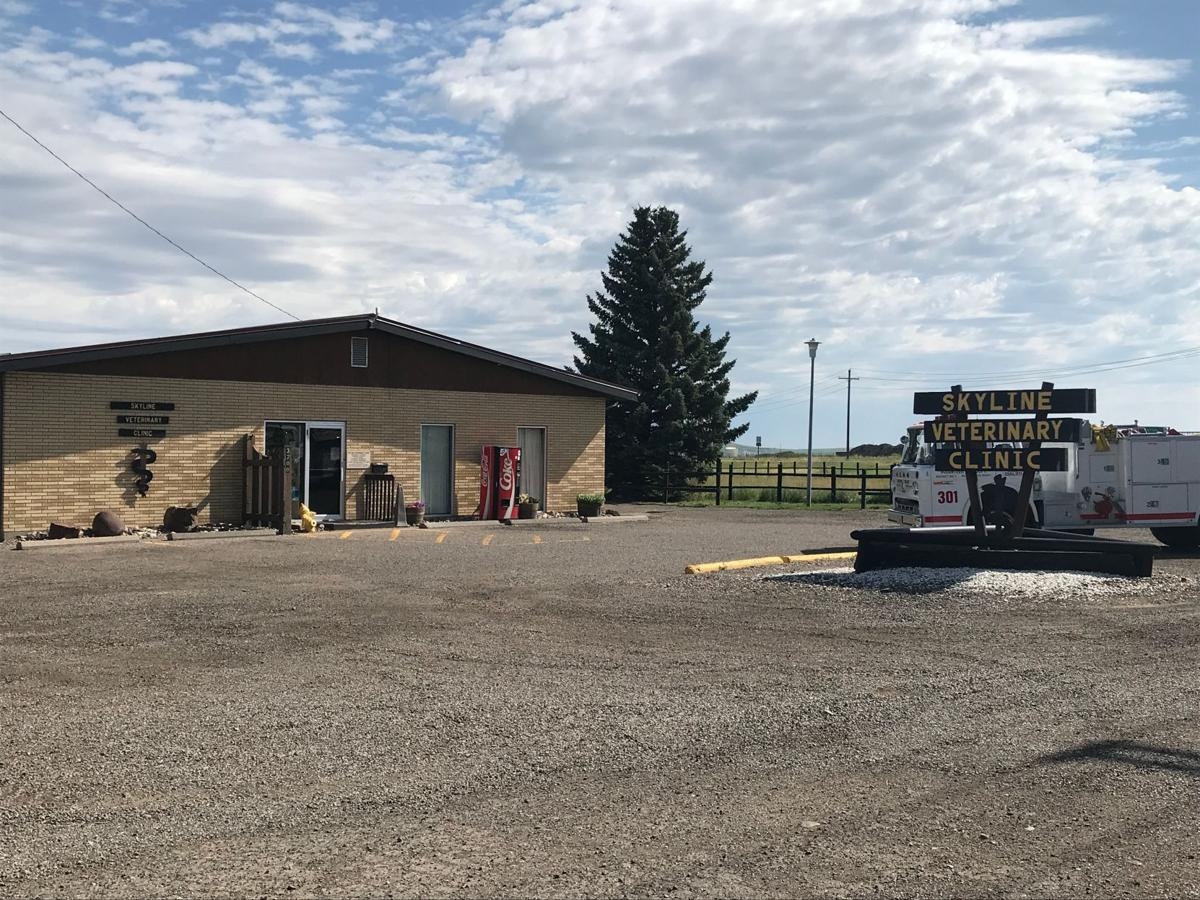 Reports of smoke at Skyline Vet Clinic