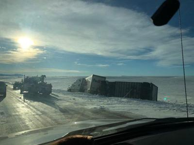FedEx Truck Tips over on Hwy 89