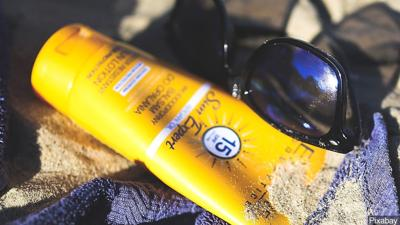 Sunscreen brands to avoid, according to health experts