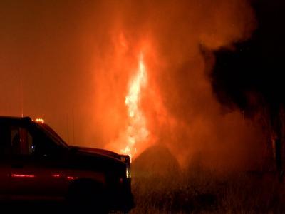 Fire fully engulfs Warden single trailer home