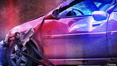 Crash blocks one lane near Cartage Road and Highway 93