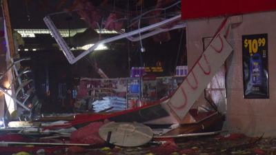 Tornado destroys Sioux Falls businesses, homes