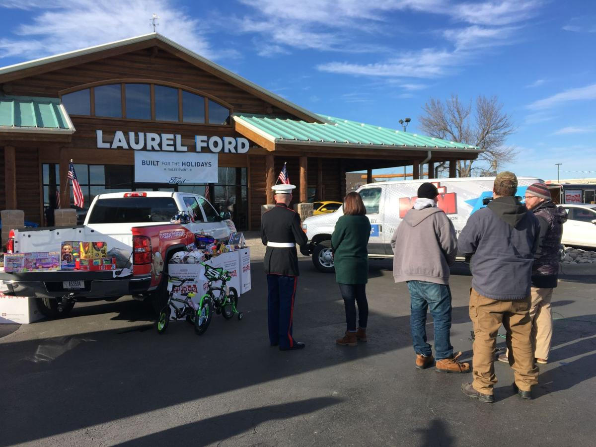 Spirit of Giving 2018 at Laurel Ford