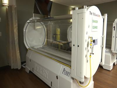 Hyperbaric oxygen therapy helps Billings Clinic nurse during cancer treatment