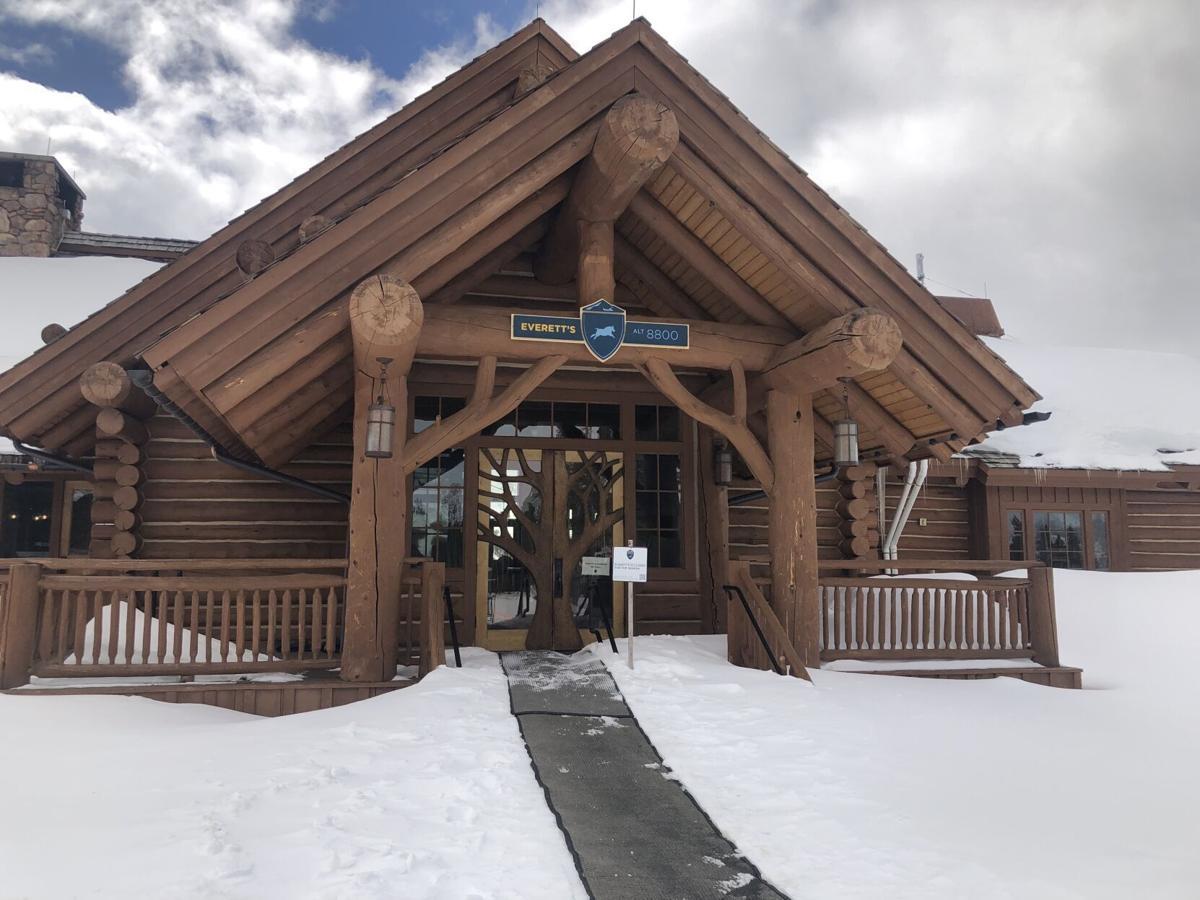 Everett's 8800 Lodge