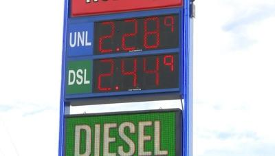 Montana lawmakers consider increasing gas tax to help transportation budget