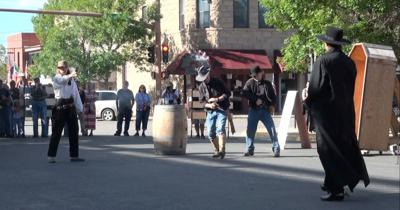 Gunfight show in Cody returns with new gunfighters