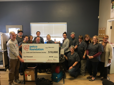 Petco Foundation honors volunteerism with grant