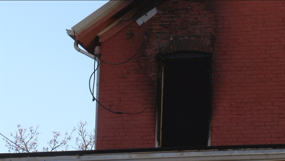House fire on 1600 block of White St. in Dubuque