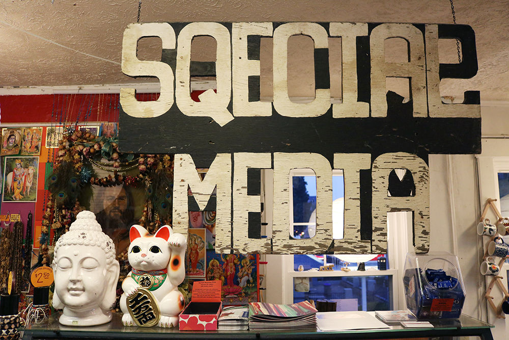 Lexington store specializes in alternative lifestyle products