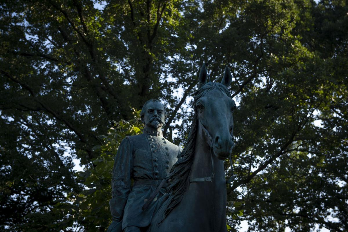 Confederate Statues relocated to Lex Cemetery