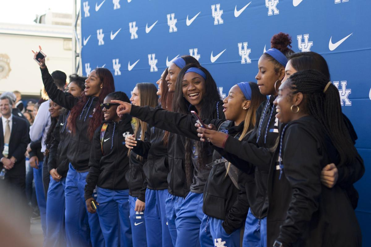 women u0027s basketball shows what they u0027ve got during big blue madness