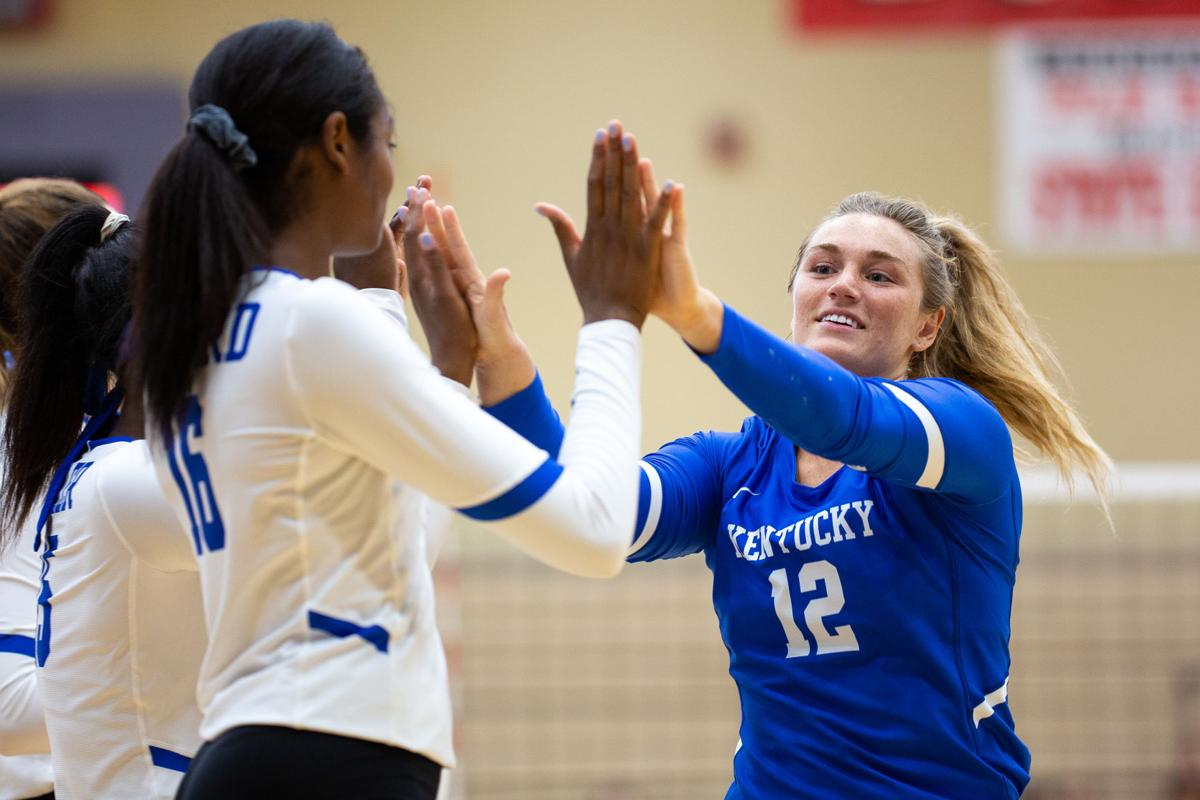 VB UK vs. WKU